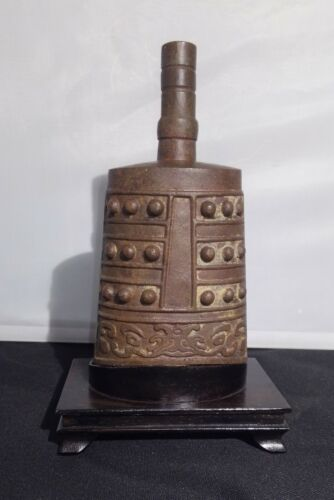 RARE Antique CHINESE bronze bell ZHOU DYNASTY or later to MING Dynasty