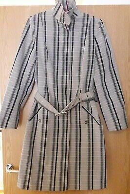 Burberry Ladies Rain Coat Size 12