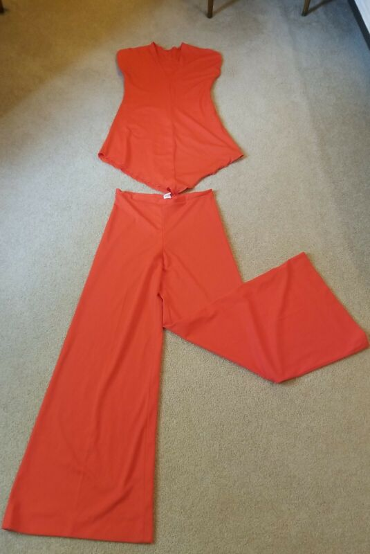 Vtg MOD 60s 70s  Polyester Outfit 2 Piece  Bell  Bottoms Bright Orange Size 11