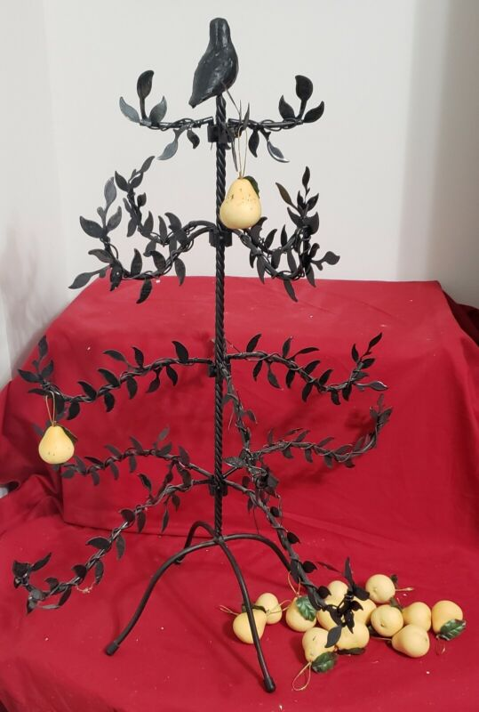 Partridge in a Pear Tree Tabletop Metal Iron Tree
