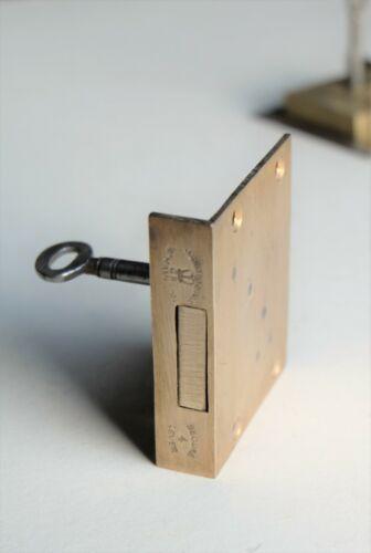 "SMITH & SON Ltd SECURE 4 LEVER Brass Cut Drawer LOCK 2"" x 2 1/2"""