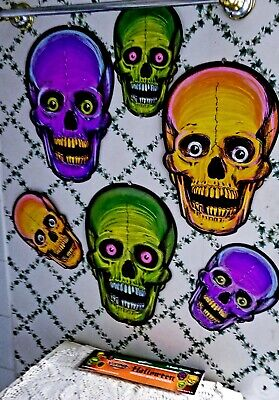 NEW REPROS-1973-BEISTLE VINTAGE DESIGNS HALLOWEEN NITE-GLO SKULL CUTOUTS-6TOTAL! (Halloween Skulls Designs)