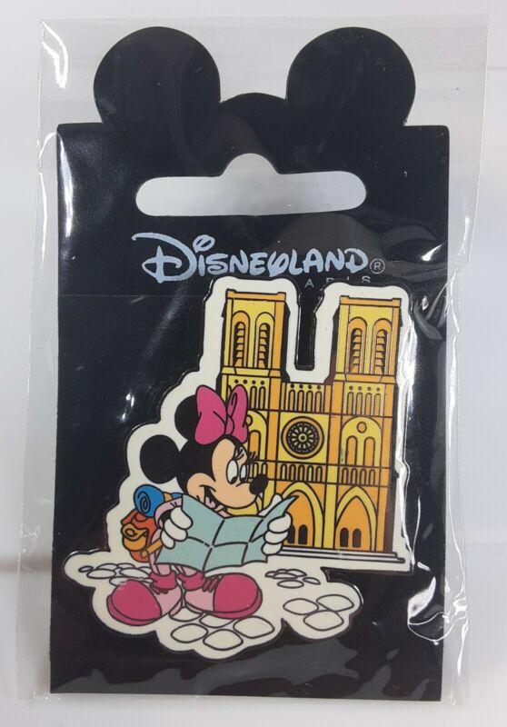 2001 Disneyland Paris Landmark Series Notre Dame Minnie Mouse Pin