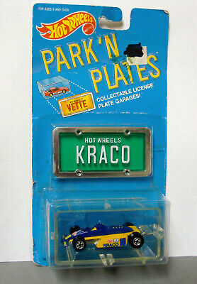 Hot Wheels Park 'N Plates Thunderstreak Kraco - new in pkg / bad card condition