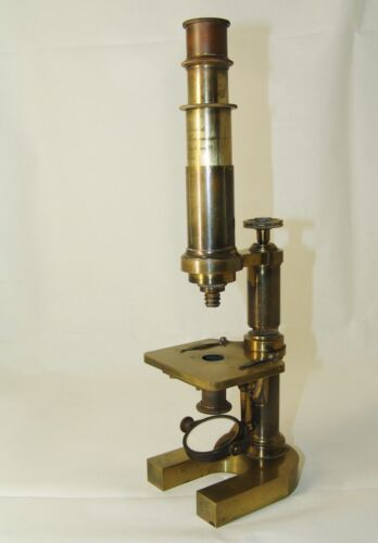 antique brass Microscope E.Hartnack Sur.rdeP.Oberhaeuser Place Dauphine 21 Paris
