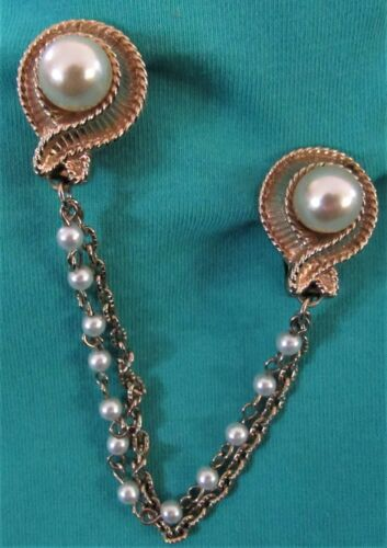Vintage Faux Pearl & Gold Tone Sweater Dress Scarf Guard Clip (14