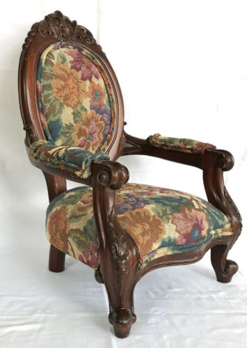 Vintage Nicely Carved Victorian Style Childs - Doll - Bear Arm Chair.