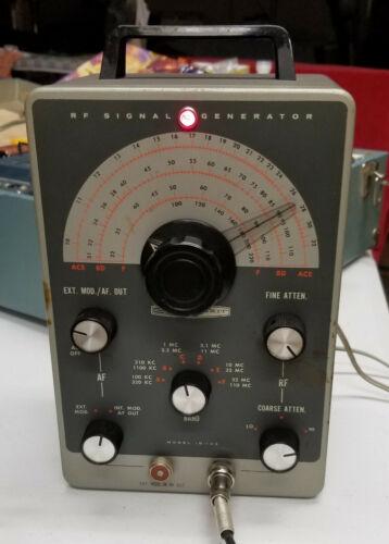 Vintage Heathkit RF Signal Generator  Model IG-102 Works Mullard Tubes! w/lead