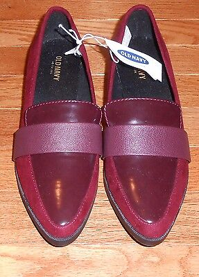 WOMEN'S OLD NAVY WINE FAUX SUEDE AND PATENT LEATHER CHUNKY HEEL LOAFER - SIZE 6