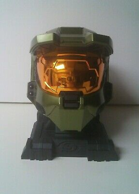 Master Cheif Helmet (Halo 3 limited Edition Legendary Master Cheif Helmet and stand Game Bundle )