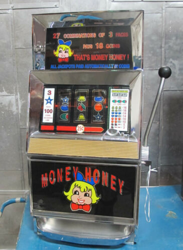 BALLY 945-1 Slot Machine 25 cent Coin Casino Vintage Made in USA