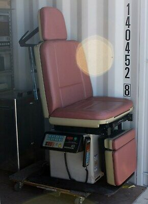 Midmark 411 Ob-gyn Procedure Chair Programmable Power Exam Table W Hand Control