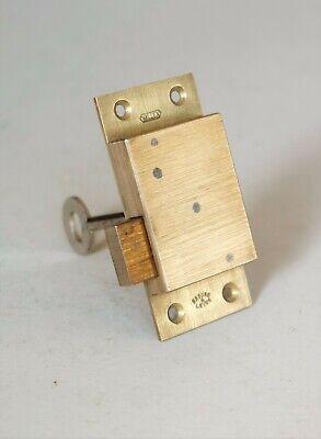 WILLEN Brass Straight Cabinet Cupboard Door Lever Lock 3