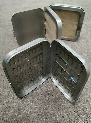 VINTAGE RICHARD WHEATLEY SQUARE ALUMINIUM CAST BOX with Felt dampeners + FLY BOX