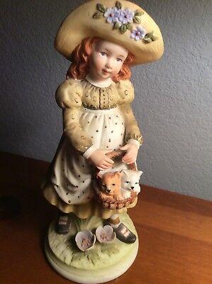 vintage holly hobbie figurine 1973