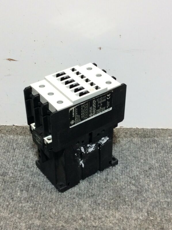 GE General Electric CL06E300M Contactor 60Amp, 30 HP, 460 Volt 3 Phase