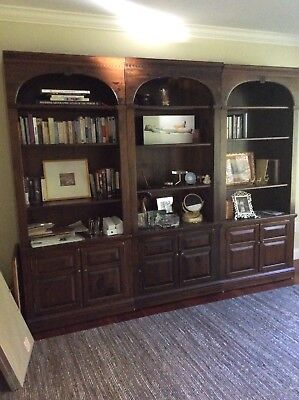 Ethan Allen Antiqued Pine Old Tavern Bookcase With Two Door Cabinet (set of 3)