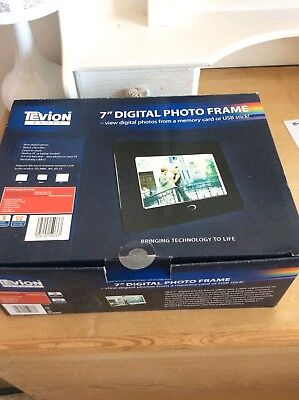 """Tevion7"""" Digital Picture Frame in Black - Boxed & Manual Only Used Once"""
