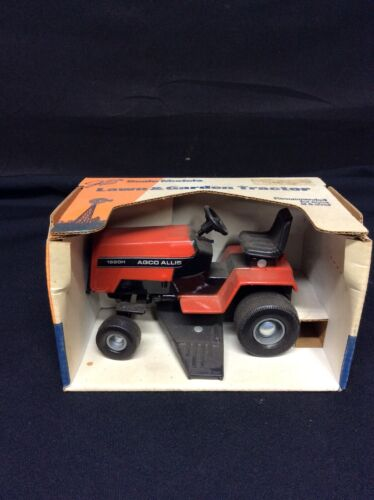 Agco Allis 1920H Lawn & Garden Tractor by Scale Models NOS