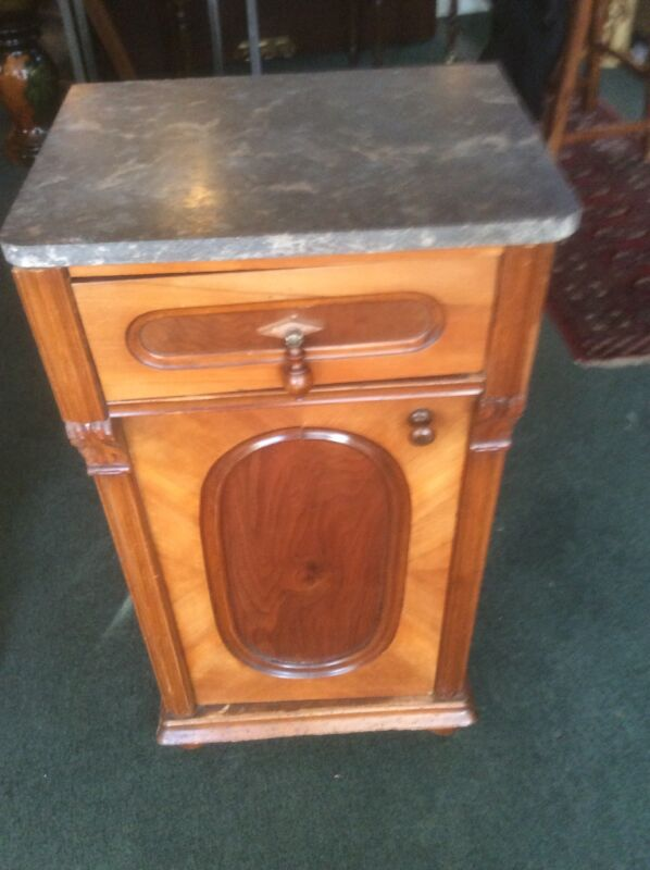 VICTORIAN MARBLE TOP WALNUT NIGHT STAND ~ END TABLE WITH DRAWER AND DOOR