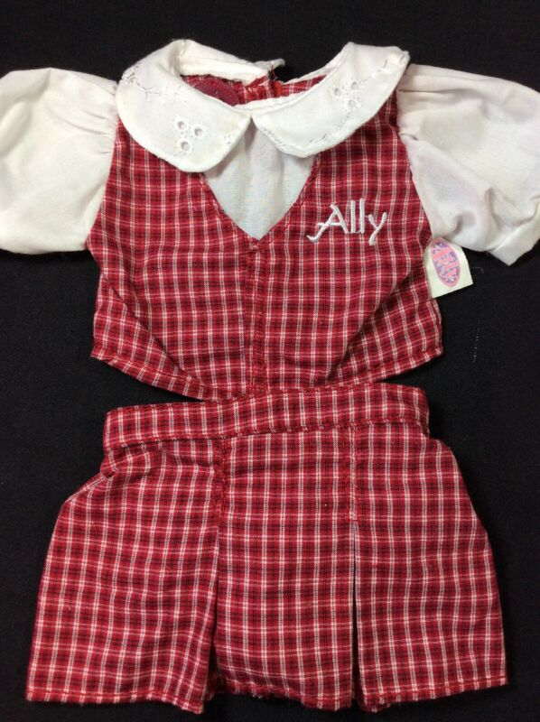 PLAYMATES AMAZING ALLY INTERACTIVE Baby DOLL School Girl Plaid clothes outfit
