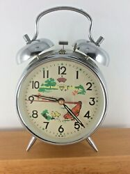 Wind Up Mechanical Twin bell Alarm Clock FARMHOUSE DECOR Moving Chicken Working!