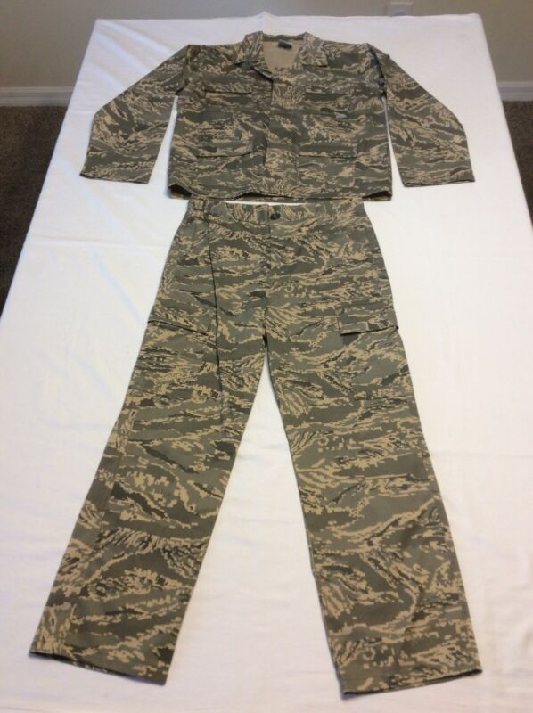 TROOPER SIZE 12 BOYS GREEN DIGITAL CAMO SHIRT AND PANTS 2 PIECE OUTFIT