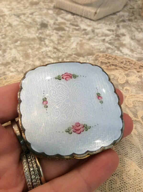 shabby antique Vtg Enamel paint Blue And Pink Rose Compact vanity