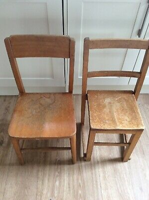 VINTAGE CHILDRENS CHAIRS X2