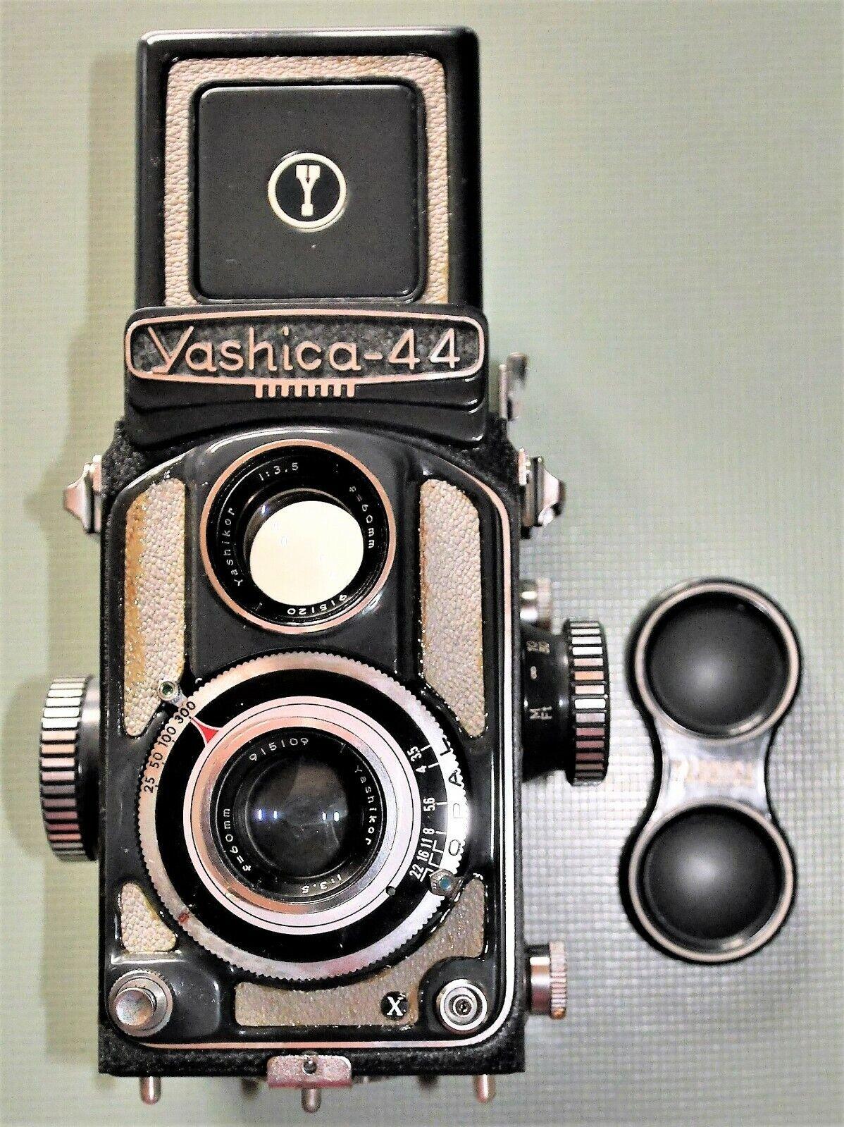 Yashica 44 Camera Filmcamera Foto-Kamera & Objektive Yashikor f=60mm Tasche 4x4