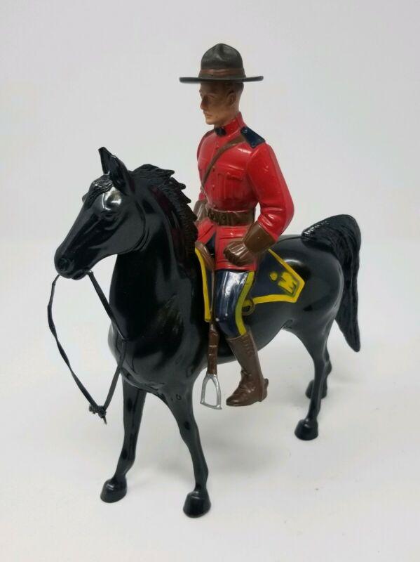 Hartland CANADIAN MOUNTIE Horse & Rider figure Sgt. Lance O