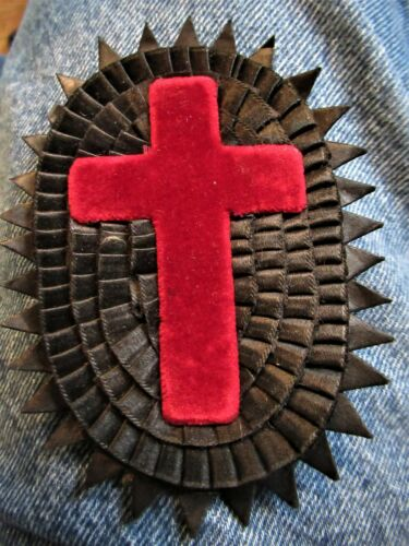 Beautiful Late 19th Century Knights Templar Velvet/Silk/Felt 3 Dimensional Patch