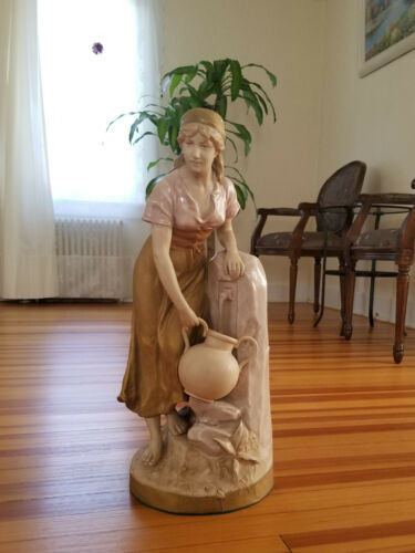 Large Royal Dux Porcelain Figurine Statue Girl Lady w/ Pitcher at Water Fountain