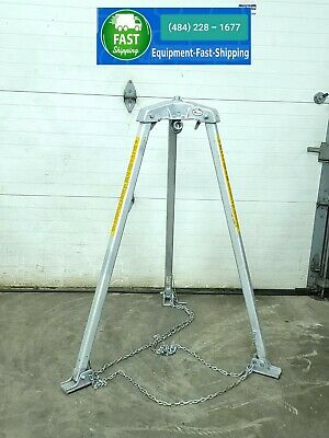 Miller Safety Tripod Manhole Confined Space Adjustable Personnel Support 2