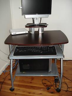 Computer Desk Regents Park Auburn Area Preview