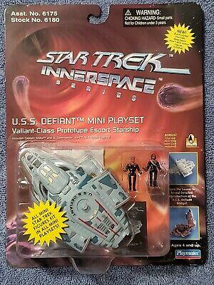 Star Trek Innerspace U.S.S. Defiant  Valiant-Class Mini Play Set PLAYMATES 1996