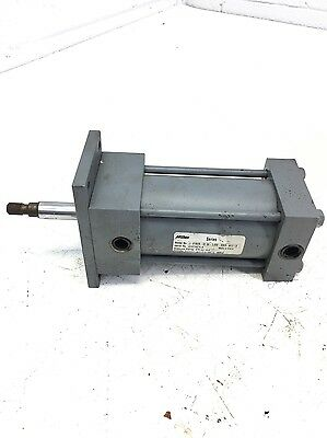 Used Parker Miller Hydraulic Cylinder Bore 2.50 Stroke 3.0 J-61bxn 570 Psi B293