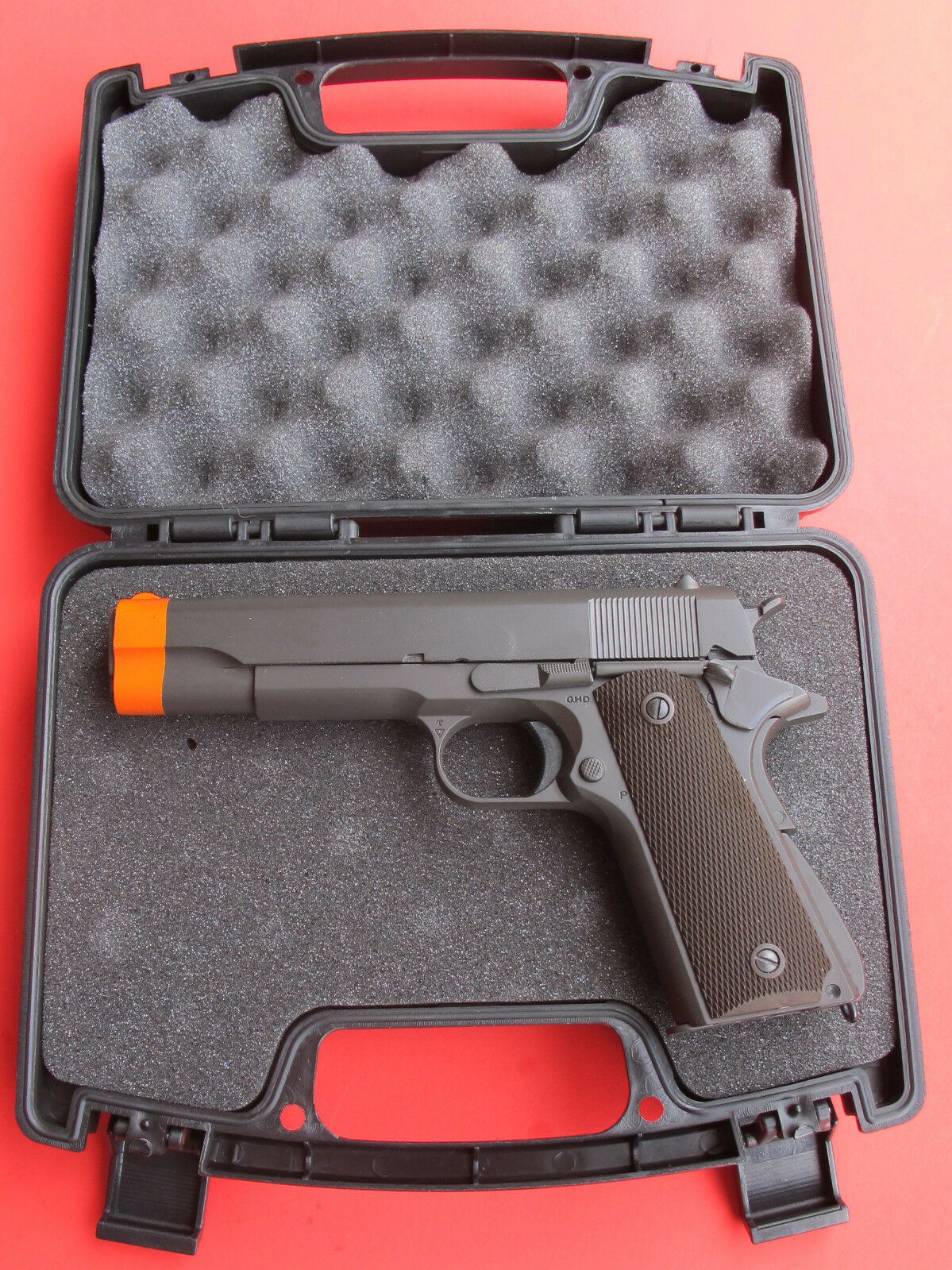 Hard Plastic Hand Gun Storage or Carrying Case with Foam Pad