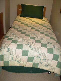 Single bed patchwork quilt