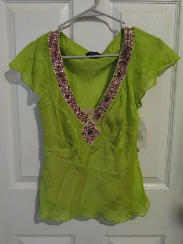 a7f94250c106a New Women s ECI New York Lime Green Silk Blouse Cap Sleeve Beaded V Neck  Size 6