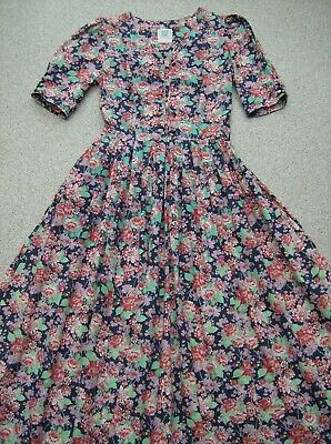 Vintage Laura Ashley Cotton Lawn Tea Dress  UK10-12 (EU36- 38 USA8- 10)
