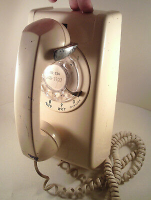 """Original 1978-vintage (Western Electric) """"WALL MOUNT ~White~ ROTARY DIAL Phone""""!"""