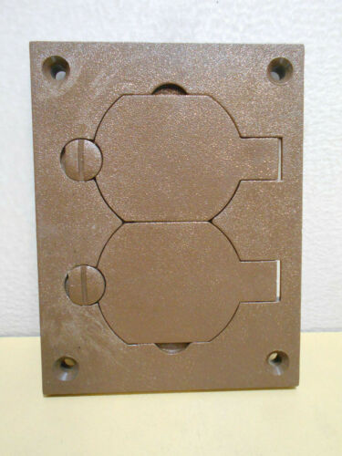 1-Gang Rectangular Floor Box Duplex Poly Outlet Cover With Lift Lids WP82742-X