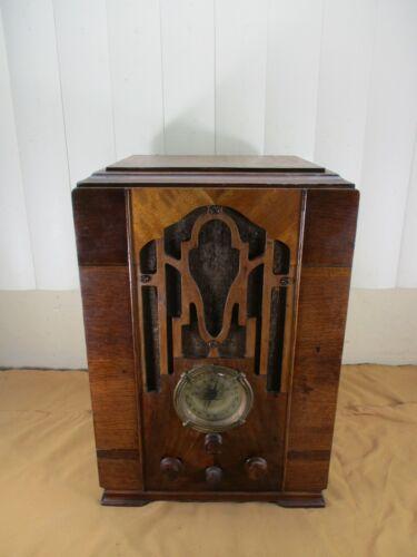 Vintage Zenith Model 807 Tombstone Style Radio Wood Case Series K  circa.1930