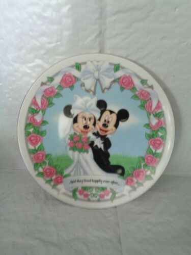 Disney - Mickey & Minnie Wedding Collectible Plate - Happily Ever After