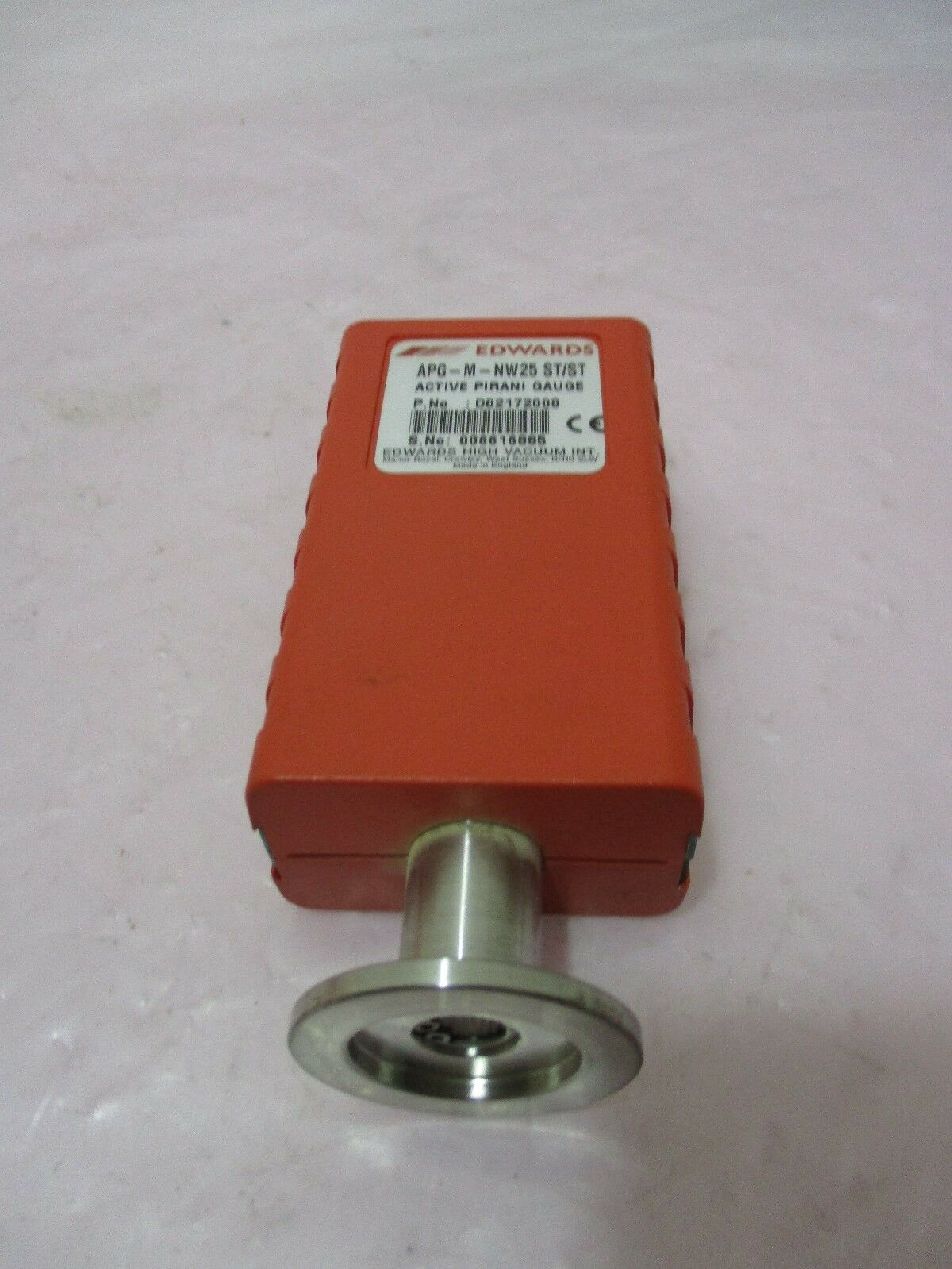 Edwards APG-M-NW25 ST/ST Active Pirani Gauge, 420575