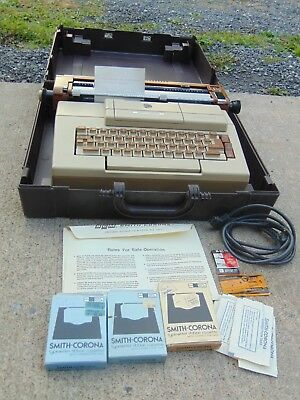 Vintage Smith Corona Vantage Electric Typewriter With Case Manual And Extras