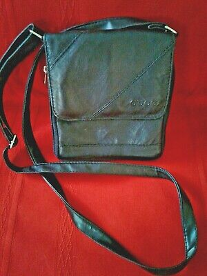 Gucci * Black Smooth Leather *Small Crossbody Hand Bag