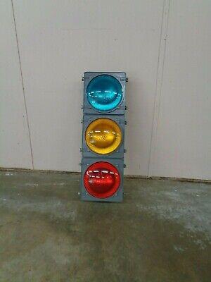 Traffic Control Technologies 3 Light Traffic Signal Red Yellow Green 12 Lens