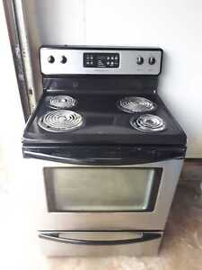 Frigidaire stainless steel stove, free delivery